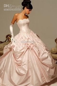 Luxury Pale Pink Strapless Wedding Dresses Bridal Dresses Taffeta Beaded Pleated Ball Gown 2011 New