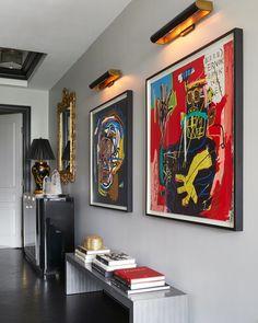 New York Discover Ryan Korban Infuses a Classic Manhattan Apartment with Warm Minimalism Ryan Korban Infuses a Classic Manhattan Apartment with Warm Minimalism Design Entrée, Flur Design, Deco Design, House Design, Design Ideas, Architectural Digest, Interior Design Trends, Interior Decorating, Decoration Chic