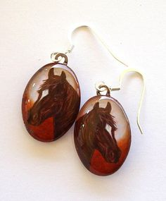 For the horse lover, horse-jewelry-earrings-oval-glass-brown