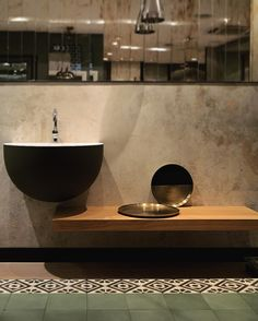 bronze trays / moda bagno