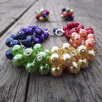 Rainbow pearl bracelet - Duhový perlový náramek Kramářka - Fler.cz Jewelry Ideas, Jewelry Design, Beaded Jewelry, Beaded Bracelets, Pearl Bracelet, Making Ideas, Jewlery, Beading, Crafting