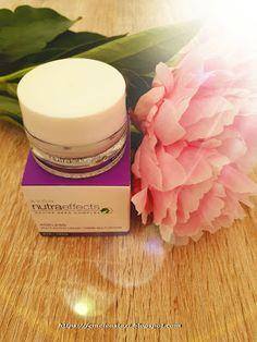 Femeie Astazi - Donna Oggi - Woman Today: Crema contorno occhi Nutra Effects Ageless - recen...  #review #cosmetics #beauty #beautycare #skincare #bellezza #cosmetici #recensione