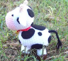 VACA AMIGURUMI Crochet Amigurumi Free Patterns, Crochet Toys, Knit Crochet, Diy And Crafts, Arts And Crafts, Snoopy, Lily, Christmas Ornaments, Knitting