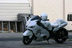White on Black Suzuki Hayabusa  #pashnit ... http://www.pashnit.com/product/index_hayabusa.html