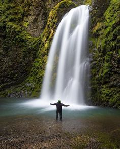 """I finally put my new Canon 16-35mm f/2.8 III USM to work!! After several """"selfies which resulted in me running down a short hill like a mountain goat to make it to the water in time; I finally asked my buddy to push the shutter button for me. Fall Creek Falls is located near Roseburg #Oregon and was an absolutely gorgeous  mile hike along the water and walkways through large broken boulders. I really enjoy the composition of this photo. #MyCanonStory Photo Credit: @strigle_images Camera…"""