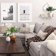 Love the brightness & coziness of this living room.