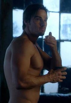 """Vincent Episode 1 x 15 """"Any Means Possible"""" Vincent Keller, Jay Ryan, Cute Actors, Scene Photo, Great Stories, Beauty And The Beast, Actors & Actresses, Tv Series, Eye Candy"""