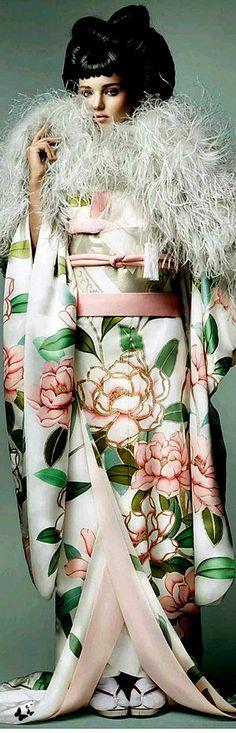 Vogue Japan. Culture Remix --- Miranda Kerr por Mario Testino para Vogue Japão Novembro 2014 [Editorial]