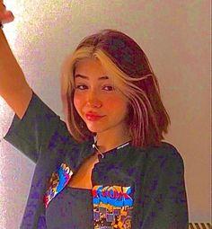 Pelo Indie, Estilo Indie, Aesthetic Indie, Aesthetic Hair, Photographie Indie, Hair Color Streaks, Skater Girl Outfits, Indie Hair, Dye My Hair