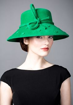 Rachel Trevor Morgan, A/W 2014. Emerald fur felt spot hat. #passion4hats