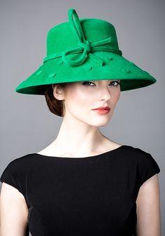 Rachel Trevor Morgan, A/W 2014. Emerald fur felt spot hat. #passion4hats