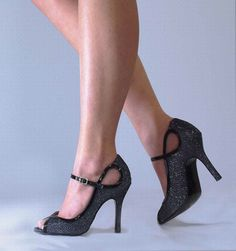 Dyeables Tessa Womens Bridal Satin High Heels Shoes Retro Platform Pump Shoes #Dyeables #OpenToe