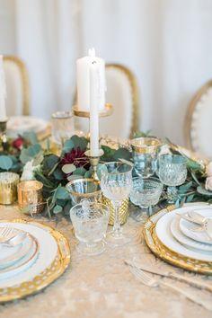 Elegant & Romantic Wedding Tablescape