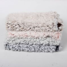 60*50cm New Arrival Jacquard Faux Fur Fabric Photography Newborn Photographic Backdrops Newborn Props Blanket Basket Stuffer