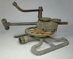 RARE Antique Vintage Mechanical Gear Drive SKINNER Garden Sprinkler  | eBay Mechanical Gears, Garden Sprinklers, Gear Drive, Old Antiques, Rare Antique, Sprinkles, Garden Tools, Vintage, Pest Control