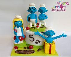 עוגת דרדסים מאת שיגעון העוגות --   smurfs cake by cakes-mania - www.cakes-mania.com