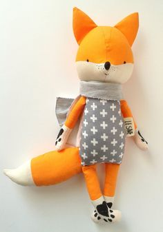 BO the fox. made-to-order. eco toy. gift for children. door LESNE