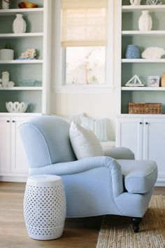Serena and Lily Miramar Chair. Living room chair ideas. Serena and Lily Miramar Chair. #SerenaandLily #MiramarChair Rita Chan Interiors.