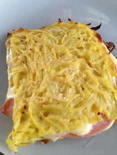 Croque monsieur de pomme de terre Cas, Cuisine Diverse, Delicious Sandwiches, Marmite, French Food, Food Lists, Junk Food, Entrees, Brunch