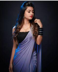 Beautiful Girl Photo, Beautiful Girl Indian, Most Beautiful Indian Actress, Beautiful Saree, Beautiful Girl Quotes, Beautiful Women, Beautiful Hands, Simply Beautiful, Stylish Girls Photos