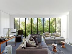 High Style in Pacific Heights: Messana O'Rorke Combines Two San Francisco Cottages Interior Design Living Room, Modern Interior, Steel Doors And Windows, Living Room Lounge, Living Rooms, Pacific Heights, San Francisco Houses, My Ideal Home, Minimal Home