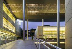 Galeria de Biblioteca Brasiliana / Eduardo de Almeida + Mindlin Loeb + Dotto Arquitetos - 18