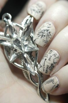 Easy Nail Art: Middle Earth - Hobbit - Lord of the Rings Map Inspired Newspaper Nails Tutorial Map Nails, Newspaper Nails, Middle Earth Map, Uñas Fashion, O Hobbit, J. R. R. Tolkien, Nail Polish, Legolas, Aragorn