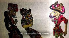 El karagöz nos espera tras bambalinas de papel de seda para hacernos soñar desde la sátira, invitándonos a reflexionar y a convivir con un pasado que sigue estando de moda a través del arte. Ideas Creativas, Charmed, Paper Envelopes, Shadow Play, Expressionism, Past Tense, Dragons, Creativity
