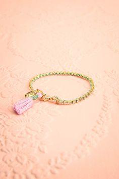 Amorphous Ariel ♥ Bohème chic au coeur intrépide mais débordant de tendresse, ornez-vous de l'un de ces bracelets.  Boheme chic with a fearless but delicate heart, ornate your wrist with one of these bracelets.