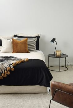Bedroom layout ideas is agreed important to create it perfect. Because bedroom layout ideas small bedroom layout ideas will present you the best experiences in sleeping. Here are some youngster bedroom layout ideas, log cabins bedroom layout ideas master. Fall Bedroom Decor, Bedroom Inspo, Home Bedroom, Master Bedroom, Bedroom Ideas, Design Bedroom, Budget Bedroom, Bedroom Furniture, Small Bedroom Layouts