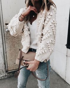 chloe bag | knit | outfit | beige | taupe