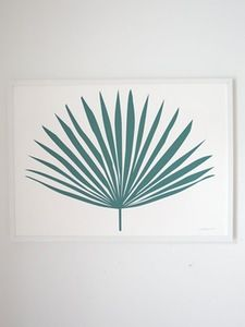 """Gifts for the Beach Bums: Banquet Atelier & Workshop 19.69"""" by 27.56"""" Green Palm Leaf Art Print 
