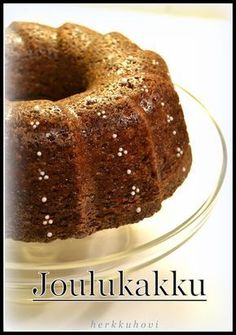 Herkkuhovi: Joulun kahvikakku My Favorite Food, Favorite Recipes, Finnish Recipes, Bakewell Tart, Something Sweet, No Bake Desserts, Christmas Baking, Merry Christmas, Coffee Cake