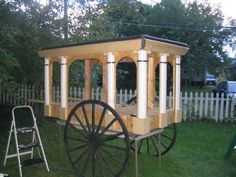 Perhaps one day we will build this horse drawn hearse for our haunted house Halloween Coffin, Classy Halloween, Halloween Graveyard, Halloween Haunted Houses, Haunted Mansion, Diy Halloween Hearse, Haunted Dollhouse, Scary Halloween, Happy Halloween