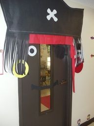 Make the first day back to school a blast with these creative classroom door ideas! You'll be the star teacher with these classroom hallway decorations! Pirate Bulletin Boards, Door Bulletin Boards, Deco Pirate, Pirate Theme, School Hallways, School Doors, Classroom Door, Classroom Themes, Pirate Door