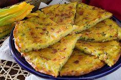Schiacciata di patate, zucchine e prosciutto un secondo piatto alternativo, semplice e gustoso, una ricetta salvacena che piacerà a tutti.