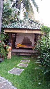 Kleines Bungalow ganz alleine für mich ... http://villaboreh.com/villas-rooms/