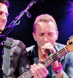 Heres a shot of Guy Berryman and Chris Martin jamming on stage during Coldplays terrific show at the Hollywood Bowl back in May 2012. Theyre on tour now. Check em out. #guyberryman #chrismartin #coldplay #gig #socal #hollywoodbowl #photo #California #losangeles #music #rock #instagram #instagood #musician #photography #photo #concert #gigphotography #livemusic #guitar #concertphotography #singer #singersongwriter #bass #hollywood #musicphotography #seela #musicianportrait by bridgetsquinn…