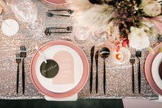 J+S TROUWEN TIJDENS DE FEESTDAGEN | Studio Spruijt Happy Day, Wedding Day, Weddings, Studio, Pi Day Wedding, Marriage Anniversary, Wedding, Studios, Marriage