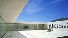 Museo de Madinat al Zahra por Nieto y Sobejano. Señala encima de la imagen para verla más grande.