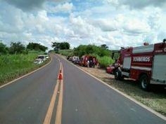 #Cidades: Motorista perde controle de veículo e cai em ribanceira em Itapura, interior de SP