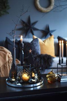 Stunning Dark Christmas Vignette diy christmas gifts, succulent christmas gifts, boyfriend christmas gifts Dark Christmas Vignette Source by golden_freckles