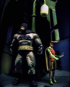 The Dark Knight  (Shared: Lum Chih Foong) #batmanvsuperman #robin #toyphotos#toycollection#toyphotography #sideshow #aquaman #batman #brucewayne #justiceleague #hottoyscollection #warner #photografia #photo #toypics #toypic #pic #wonderwoman #gotham #superman #flash #cinema #bvs #lexluthor #whowillwin #dccomics  #funko #frankmiller by colecionatoy