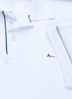 Polo Detalhe Costura Contraste