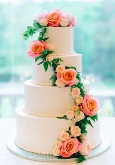 Wedding cake inspiration from Cheap Wedding Cakes, Pretty Wedding Cakes, Wedding Cakes With Flowers, Wedding Cake Designs, Wedding Cake Toppers, Buttercream Wedding Cake, Buttercream Frosting, Fresh Flower Cake, Fresh Flowers