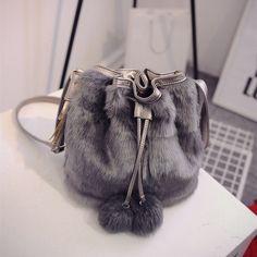 Women's Faux Fur bags 2017 Winter Fashion Women Shoulder Crossbody Bag Solid Color Bucket Bags Tassel Bag For Ladies