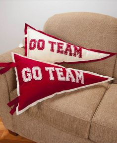 Show your team spirit with these quick and easy go team pennant pillows. Find everything you need to make these right at JoAnn's!