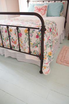 Inexpensive DIY wood floor