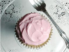 Valentine's cupcake frosting recipe, using only natural colors.