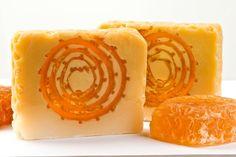 Sabonete em barra com favo de mel